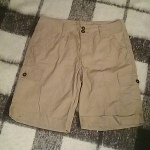 🌹 Faded Glory cargo shorts